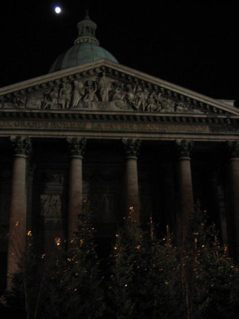Pantheon_Lune_Noel